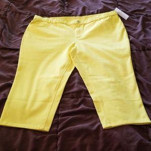 New Isaac Mizrahi Live neon yellow capri